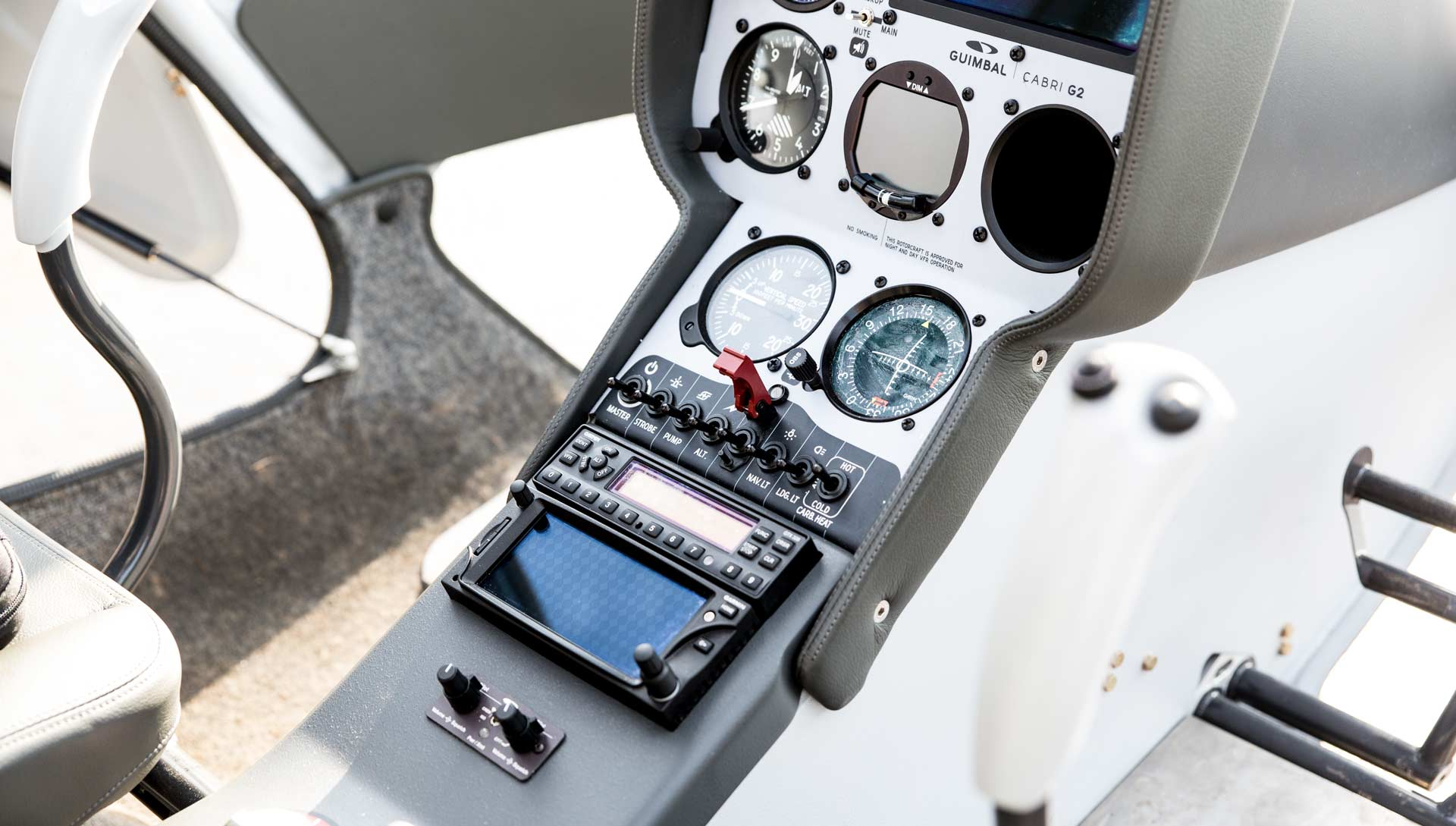 how to become a commercial helicopter pilot canada